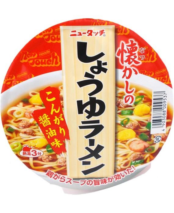 Nouilles ramen japonaises instantanées à la sauce soja